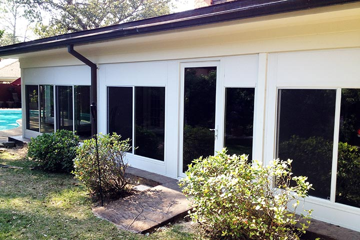 Sunrooms can have different window sizes to math the overall design of the house