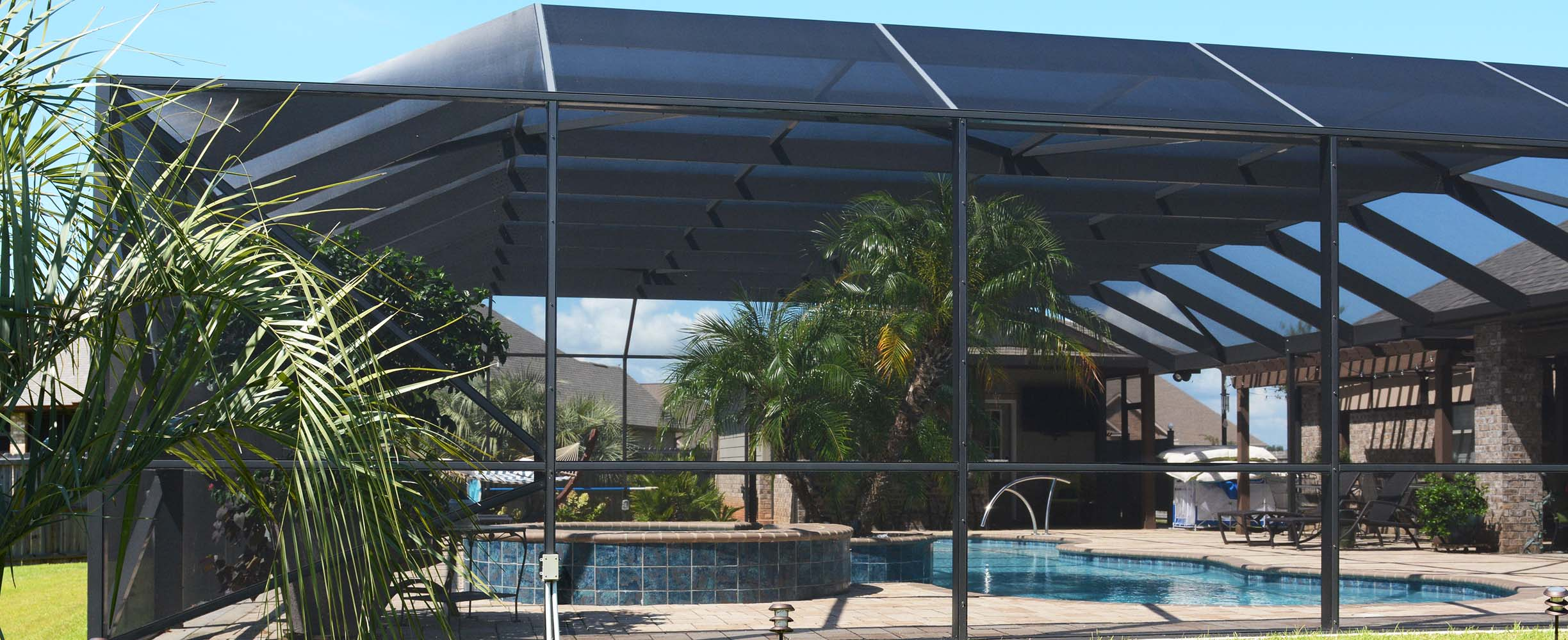 Aluminum swimming pool enclosure in Foley, Alabama